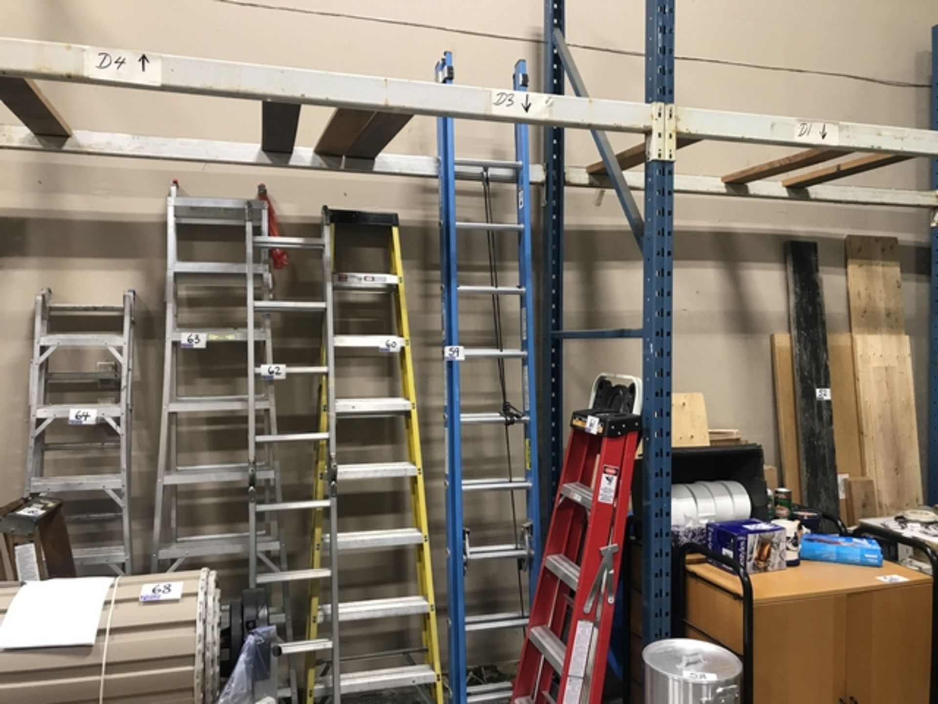 Lot 59 - BLUE 20' EXTENSION LADDER