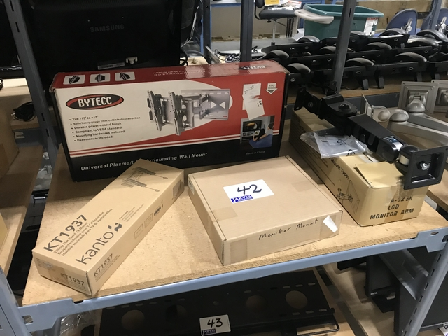 Lot 42 - MONITOR ARMS & MOUNTS