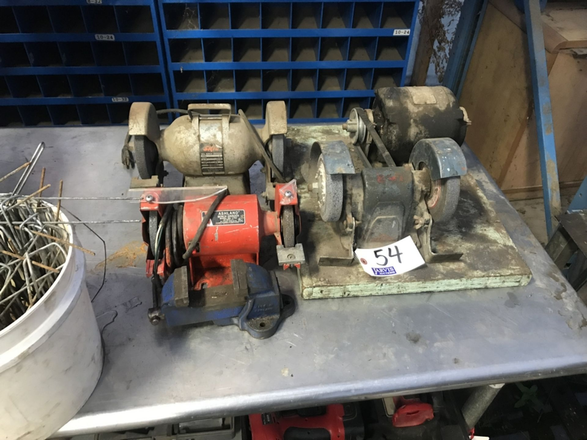 Lot 54 - BENCH GRINDERS & SMALL VISE
