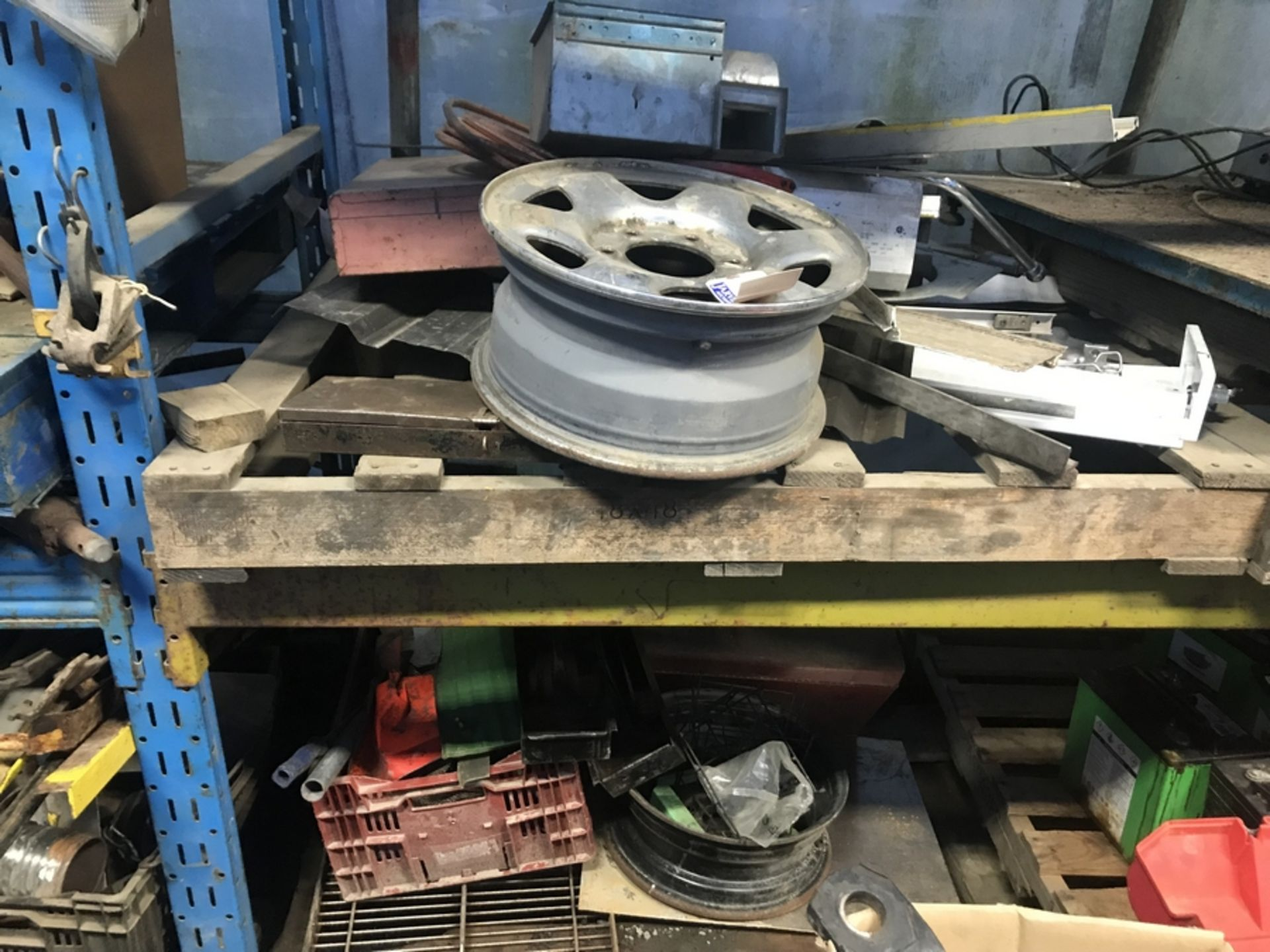 Lot 13 - 2 LEVELS OF MISC. STEEL