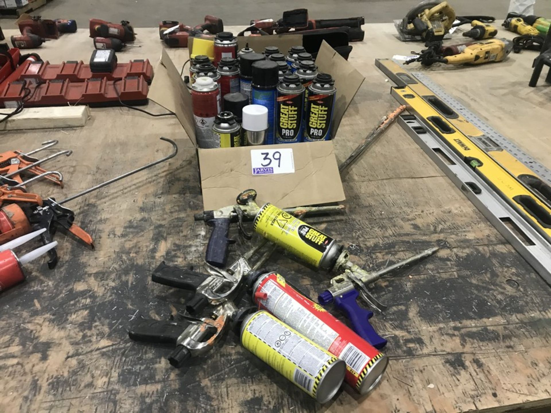 Lot 39 - ADHESIVE SPRAYERS & SUPPLIES