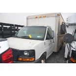2008 GMC 15' BOX TRUCK, BUCKET SEATS, DUAL REAR TIRES, SLIDE OUT LOADING RAMP, ROLL-UP DOOR,