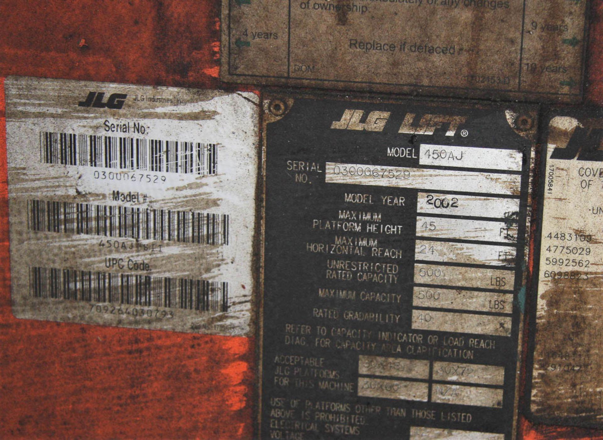 2002 JLG 450AJ SEIRES II BOOM LIFT, DIESEL, WITH 45' MAX HEIGHT, 500# CAPACITY, 24' HORIZONTAL - Image 4 of 9