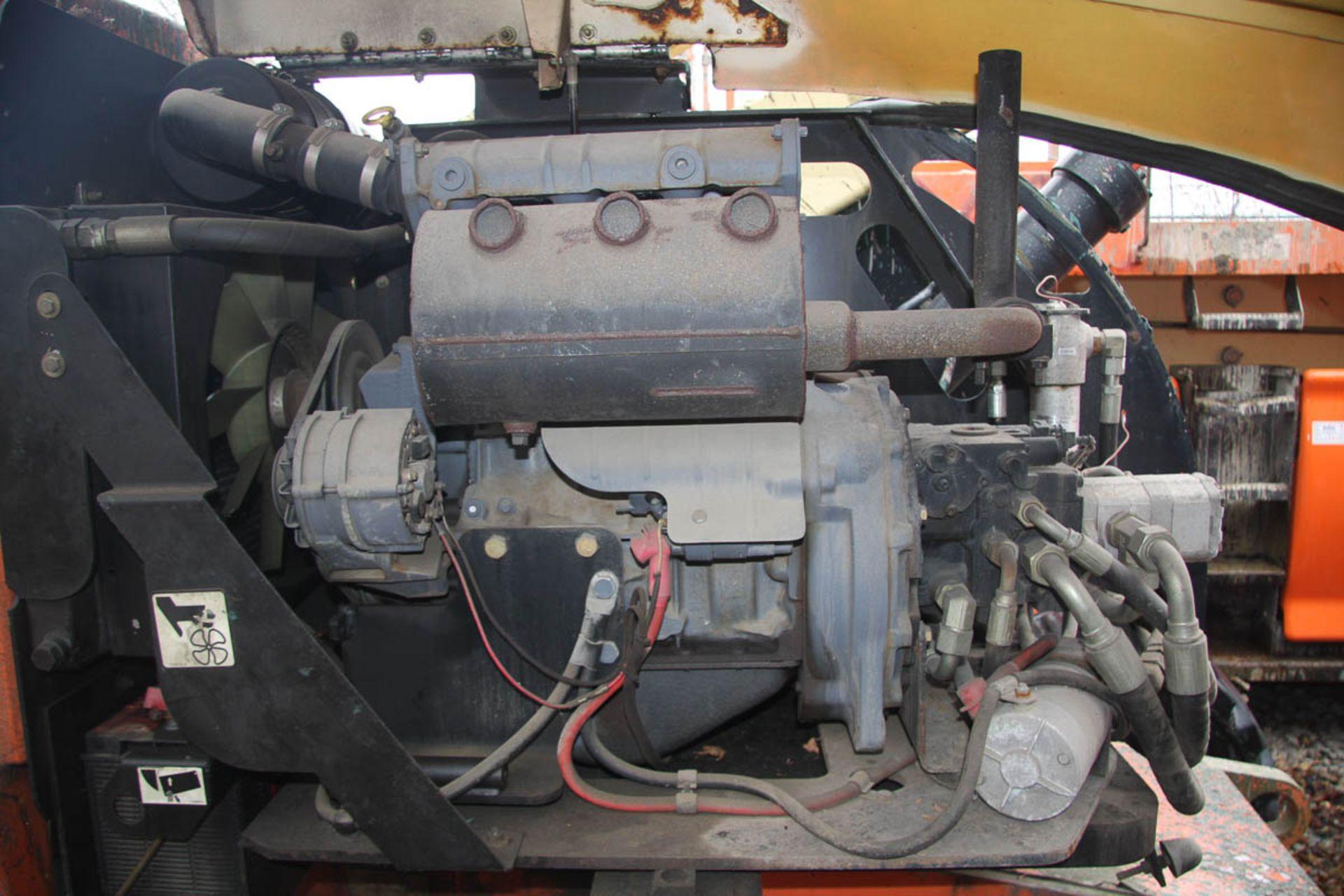 2002 JLG 450AJ SEIRES II BOOM LIFT, DIESEL, WITH 45' MAX HEIGHT, 500# CAPACITY, 24' HORIZONTAL - Image 3 of 9