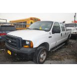 2007 FORD F250 XL SUPER DUTY 4-DOOR PICKUP TRUCK, 8' BED, AUTOMATIC TRANSMISSION, 4-WHEEL DRIVE,