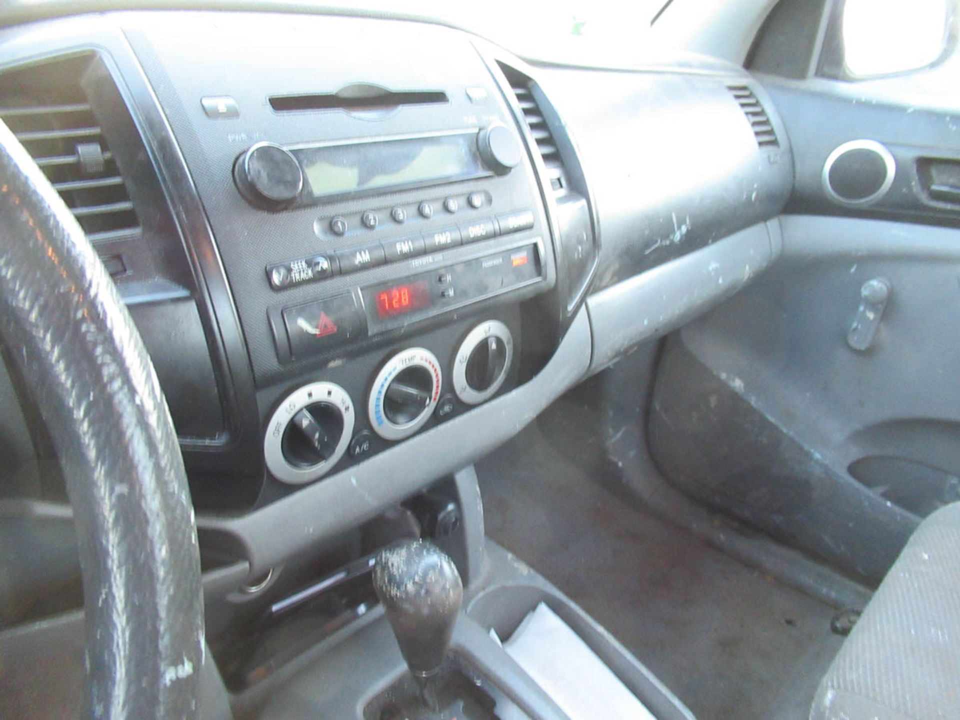 2008 TOYOTA TACOMA PICKUP TRUCK, AUTOMATIC, WITH APPROXIMATELY 105,732 MILES, VIN: 5TENX22N382504186 - Image 6 of 12