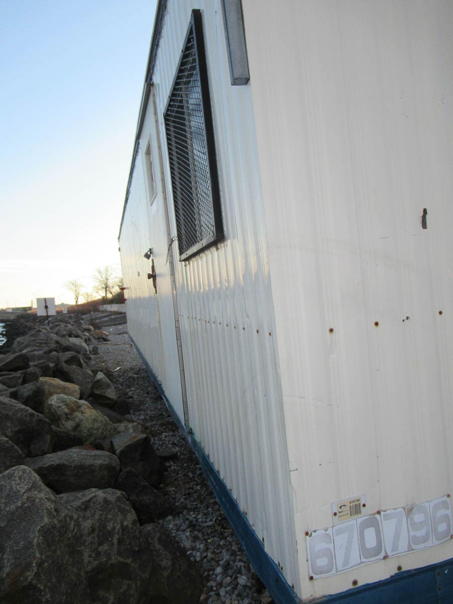 30' OFFICE TRAILER [LOCATED @ MARINE PARKWAY BRIDGE - QUEENS SIDE] - Image 3 of 8