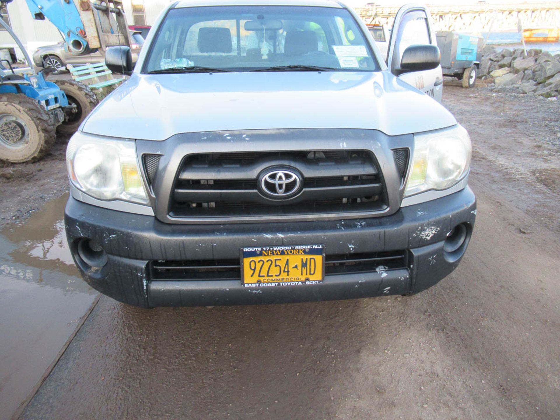 2008 TOYOTA TACOMA PICKUP TRUCK, AUTOMATIC, WITH APPROXIMATELY 105,732 MILES, VIN: 5TENX22N382504186 - Image 7 of 12