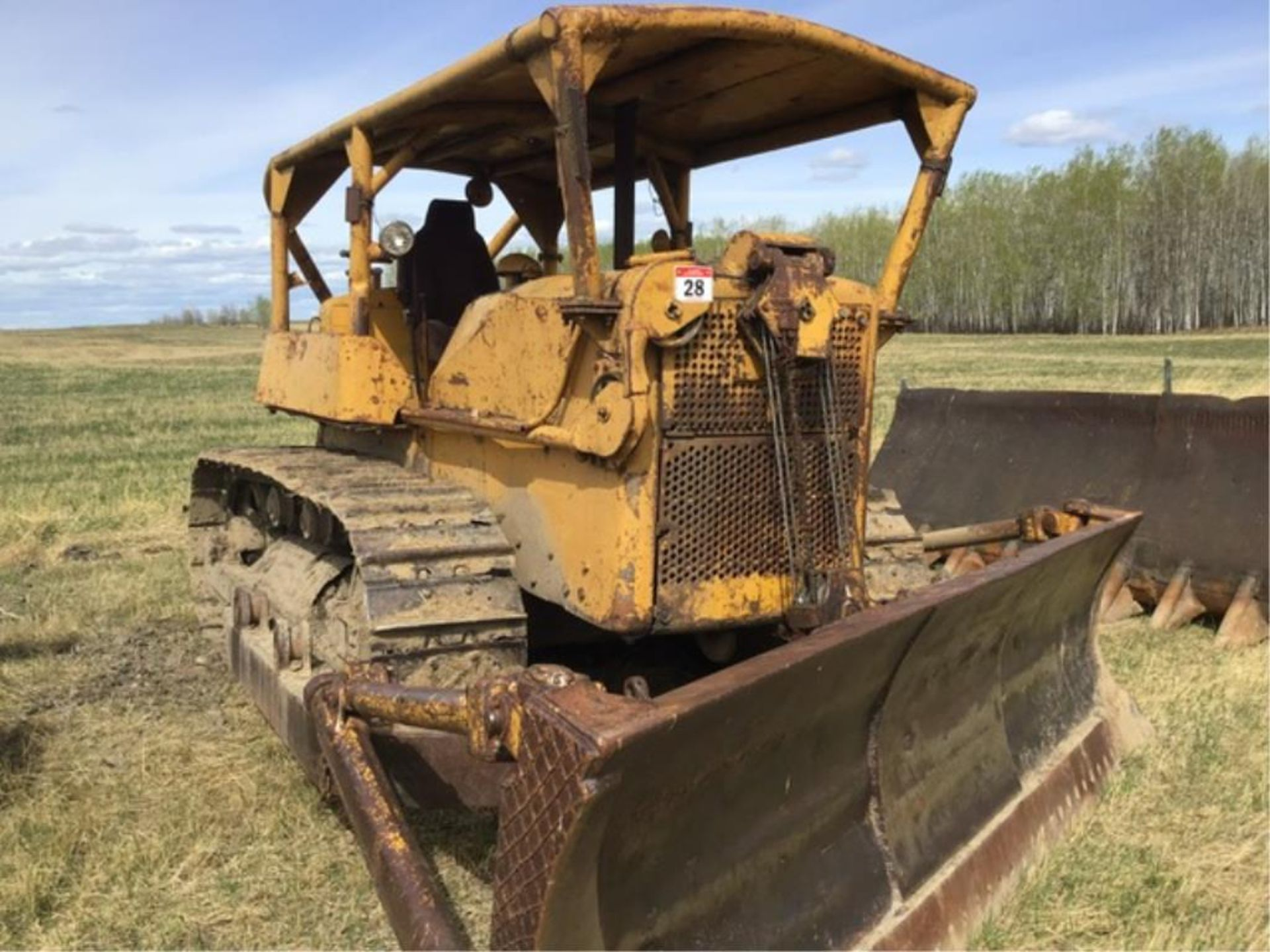 Lot 28 - D7 3T Caterpillar Crawler Tractor