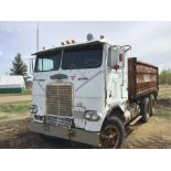 Lot 39 - Freightliner T/A Cabover Grain Truck