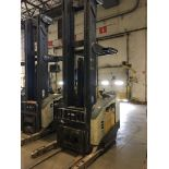 CROWN REACH TRUCK. Model #: RR5200. S/N: 1A304104. Hours (as of Oct 15, 2018): Unknown. Year: