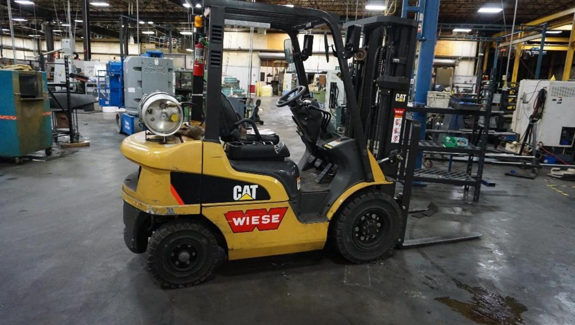 "Lot 1AB - Cat Model 2P4000 Propane Forklift, 3700 Pound Lift, 188"" Mast"