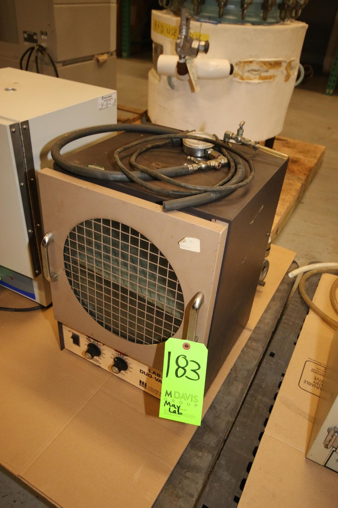 Lot 183 - Lab-Line Duo-Vac Oven, M/N 3620, S/N 0680, 120 Volts, with Vacuum Pump