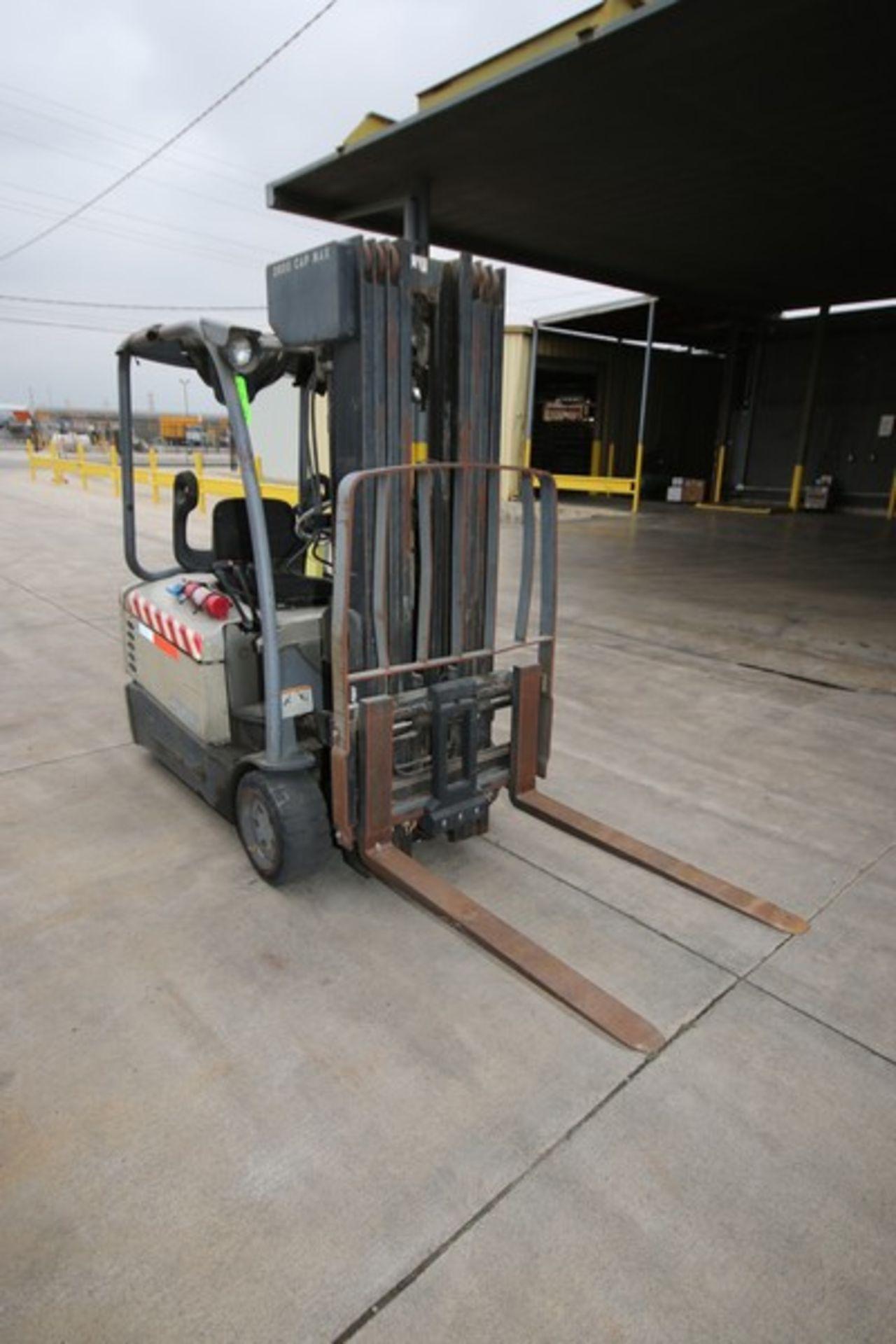 Lot 46 - Crown 2,600 lb. Sit-Down Electric Forklift, M/N SC4040-35QUAD240, S/N 9A114093, with 36 Volt