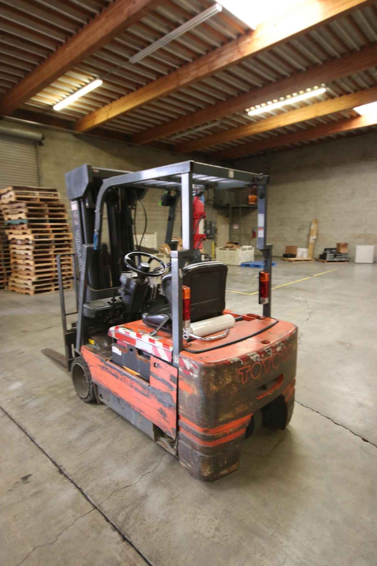Lot 44A - Toyota 2,200 lb. Sit-Down Electric Forklift, M/N 5FBE20, S/N 12393, 36 Volt Battery, with Triple