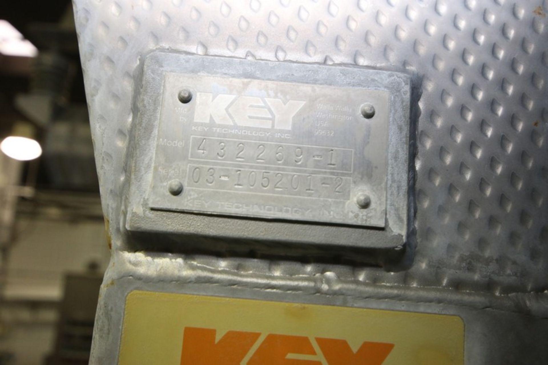 Lot 11 - Key S/S Spreader Shaker Feed System, Includes Key S/S Spreader Shaker Deck, M/N 432252-1, S/N 03-