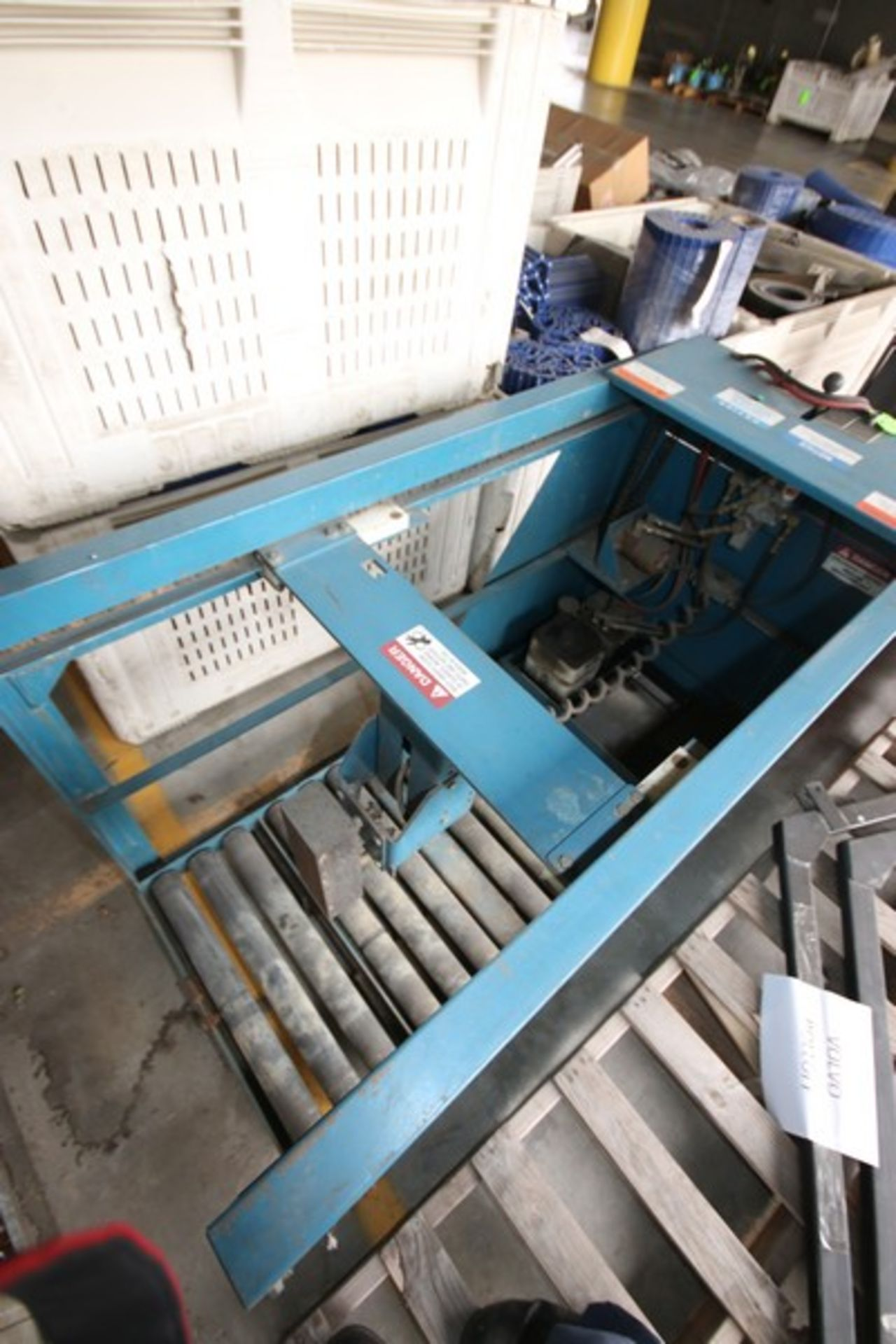 Lot 50 - BHS Forklift Battery Transfer Attachment, M/N ATC-24MAG
