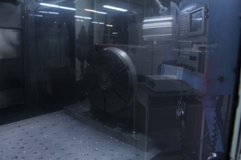 "Lot 5 - Haas HRT-310 CNC Rotary Table, 12.2"" diameter faceplate"