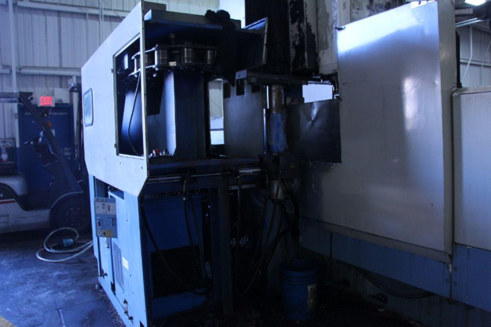 "Lot 1 - Kao-Ming KMC-4000SD CNC Bridge Type Vertical Machining Center, Fanuc 18MC control, 166.5"" x 55"" x"