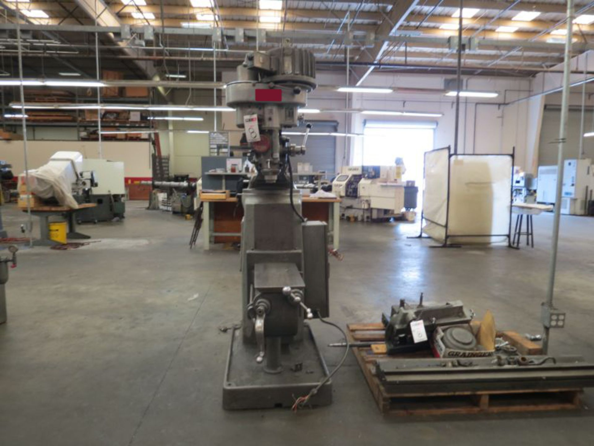 Lot 8 - Tree 2UVR Vertical Mill, 1.5HP, 1800RPM *Dismantled Table*