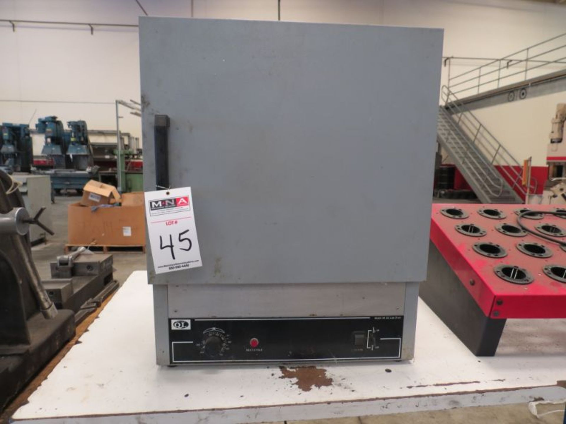 Lot 45 - Quincy Lab 30 GC Lab Oven
