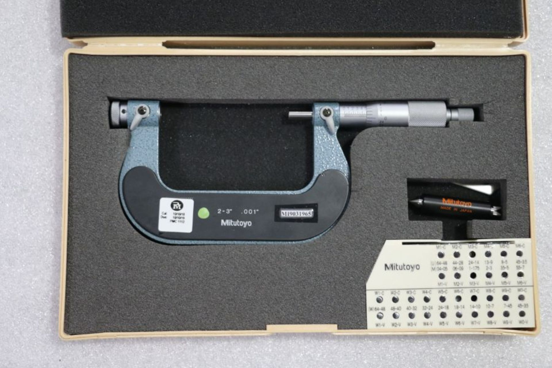 "Lot 34 - Mitutoyo 2"" - 3"" Pitch Micrometer"