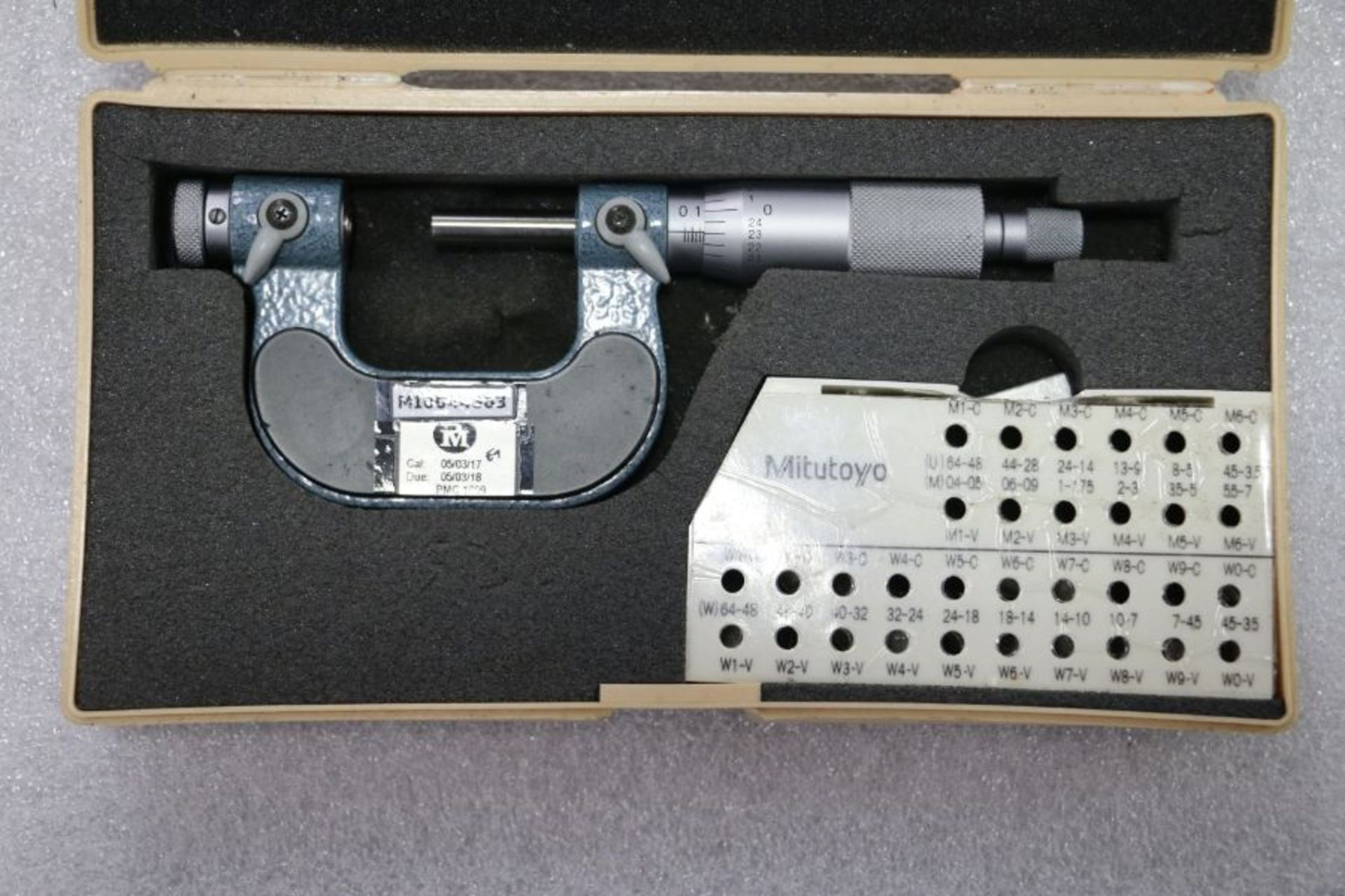 """Lot 23 - Mitutoyo 0"""" - 1"""" Pitch Micrometer"""