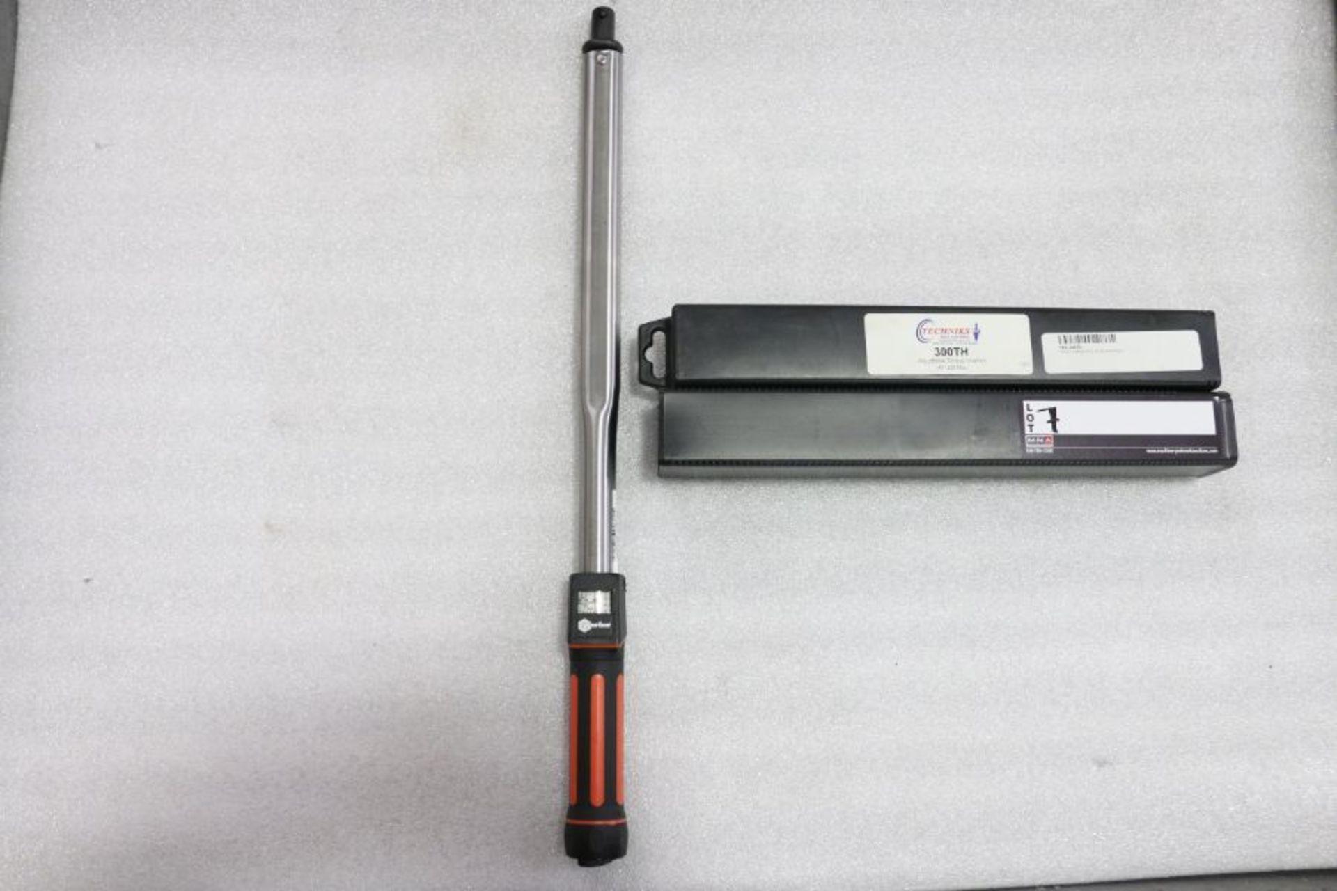 Lot 7 - Techniks 300TH Adjustable Torque Wrench