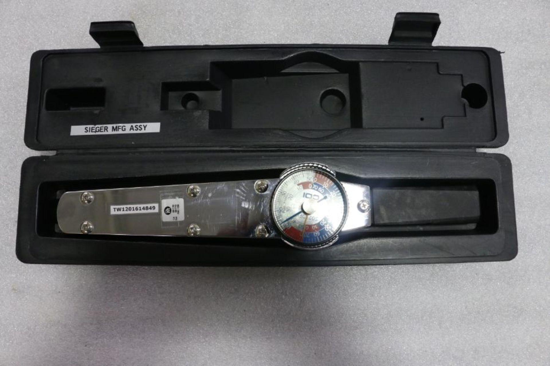 "Lot 14 - CDI 301LDIN 3/8"" Drive 50lbs Torque Wrench"