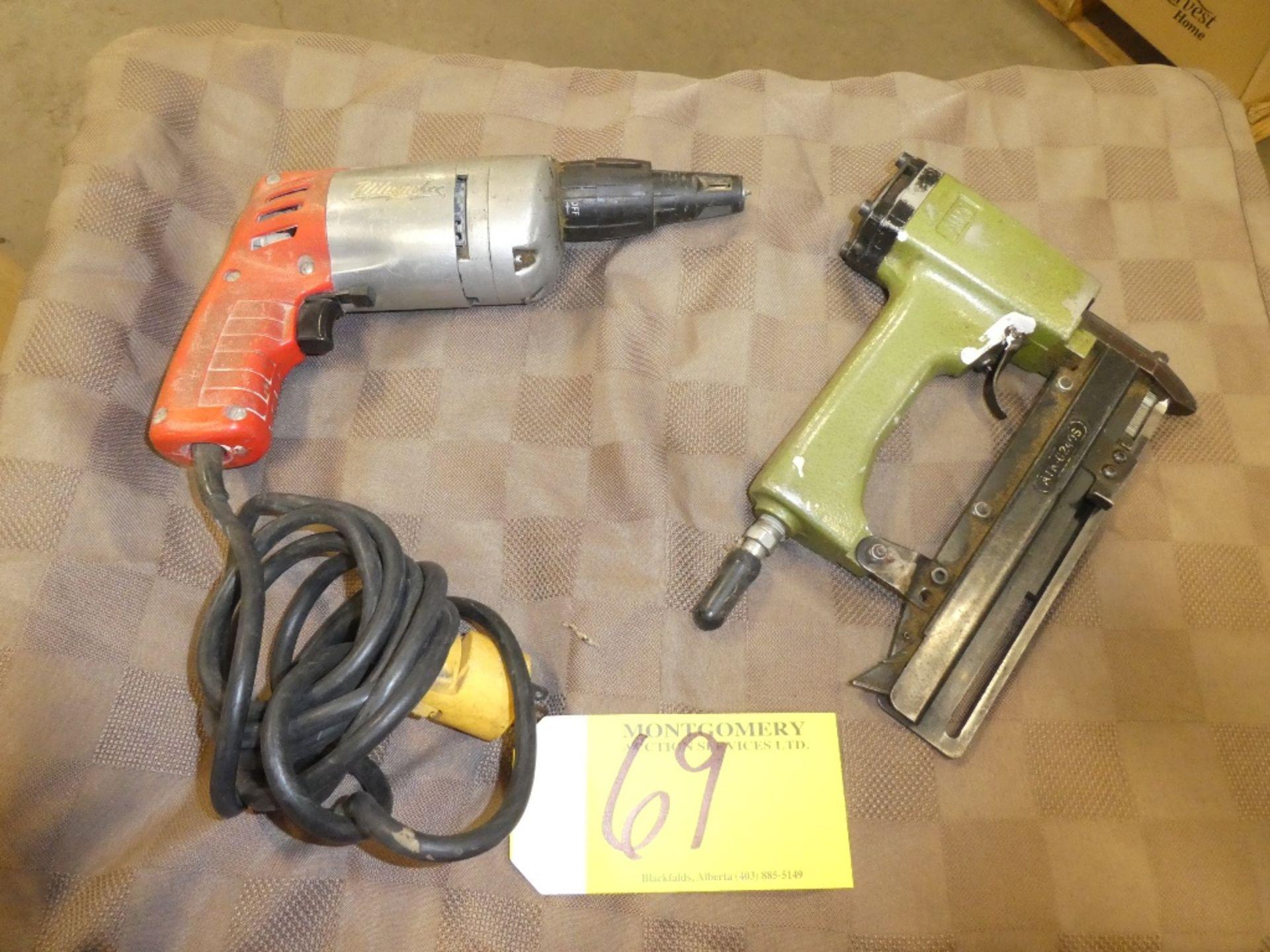 Lot 69 - MILWAUKEE ELECTRIC DRYWALL GUN AIRY AIR STAPLER