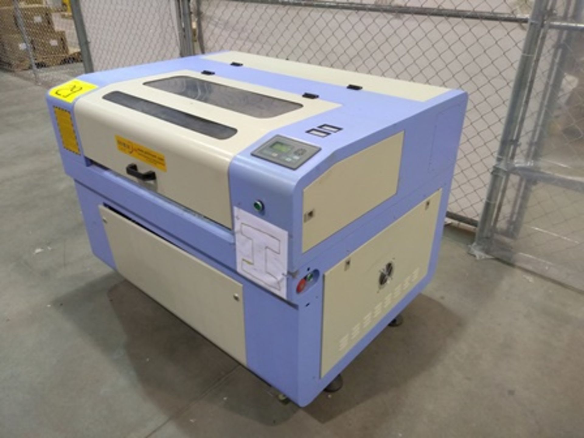 Lot 29 - 2017 Phillican CO2 laser engraver and cutting machine, model 6090. Laser power: 80x2w, 3.2Kw, series