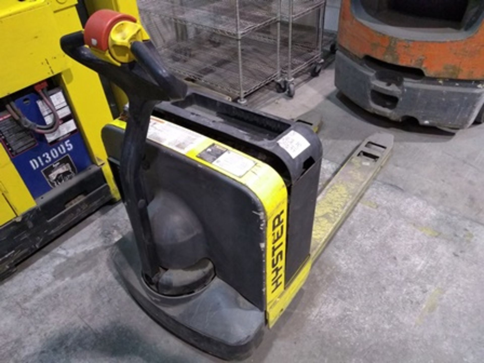 Lot 15 - Hyster Electric Pallet Jack, model W40z, max load 4,000 pounds, built-in charger and 24V battery