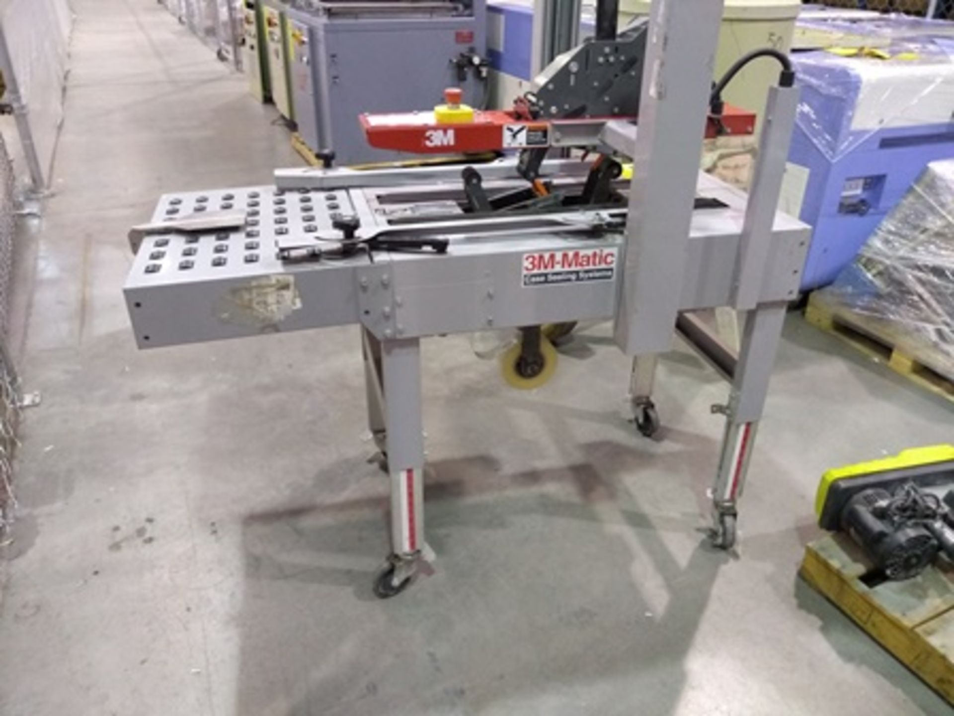 Lot 31 - 3M-Matic Case Sealing Systems, carton sealing machine mod. A20, serial number 51285, year 2015 …