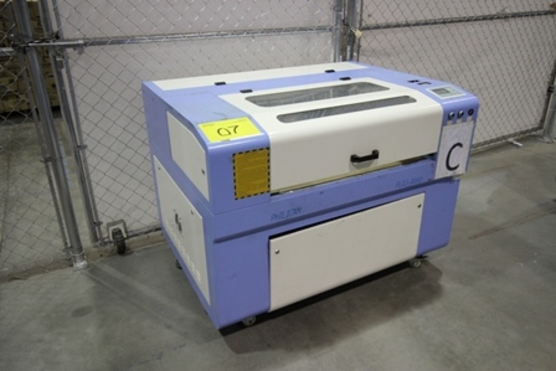 Lot 7 - 2016 Phillican CO2 laser engraver and cutting machine, model 6090.