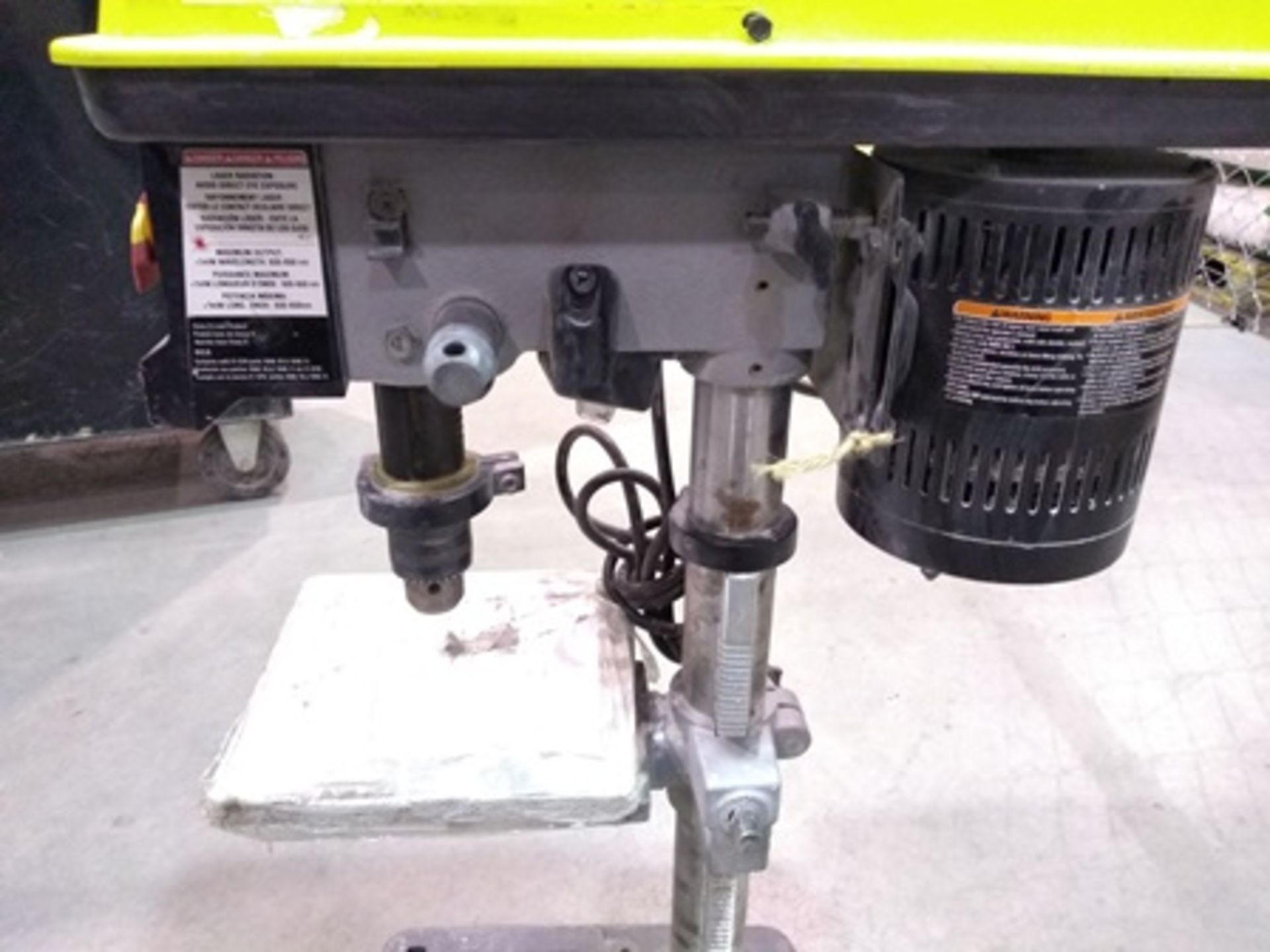 Lot 1 - Ryobi column drill (chuck and lasser alignment system included), 1/2 hp engine.