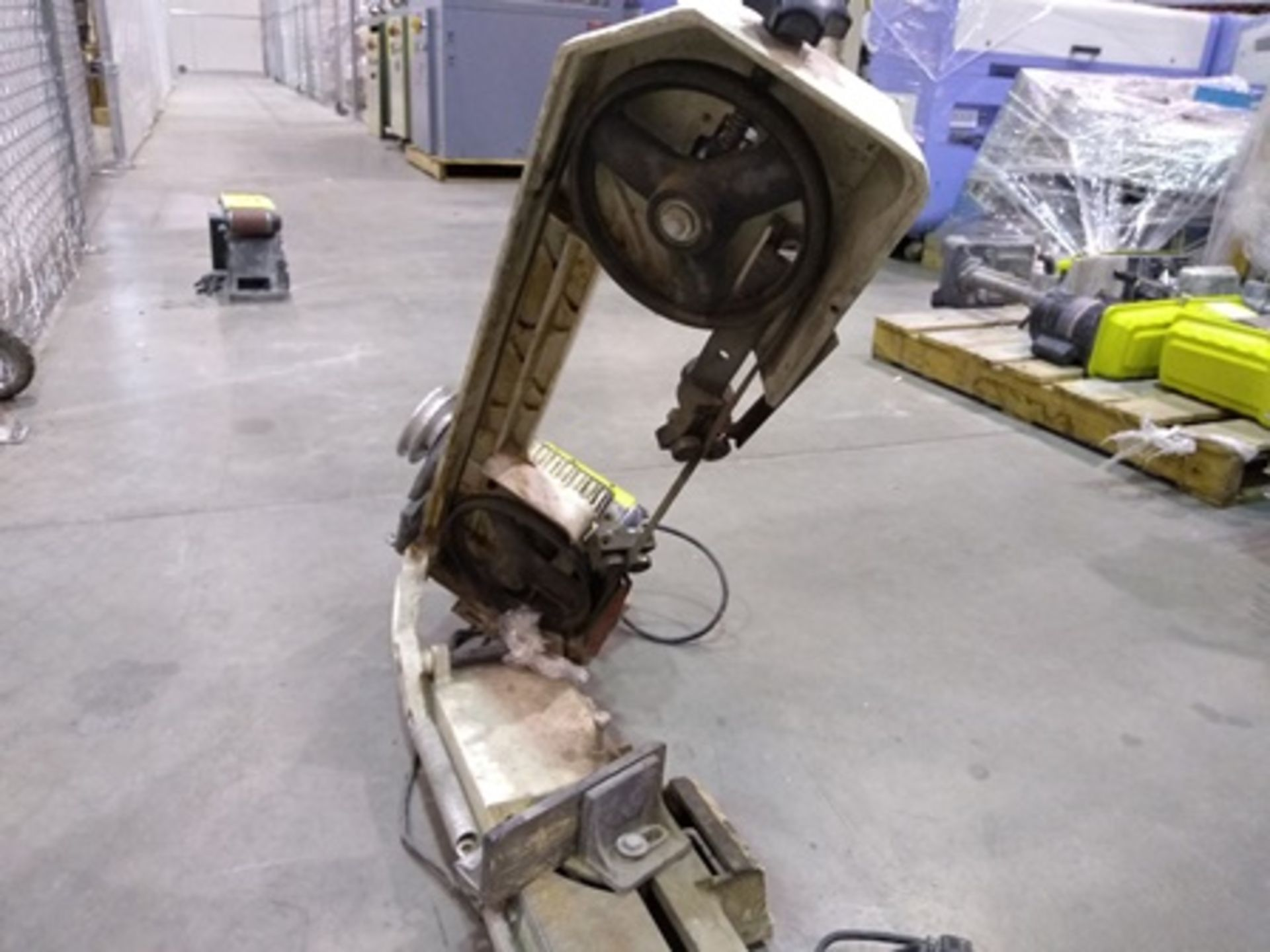 Lot 4 - JET horizontal Bandsaw 5 by 6 inches, 1/2 hp.