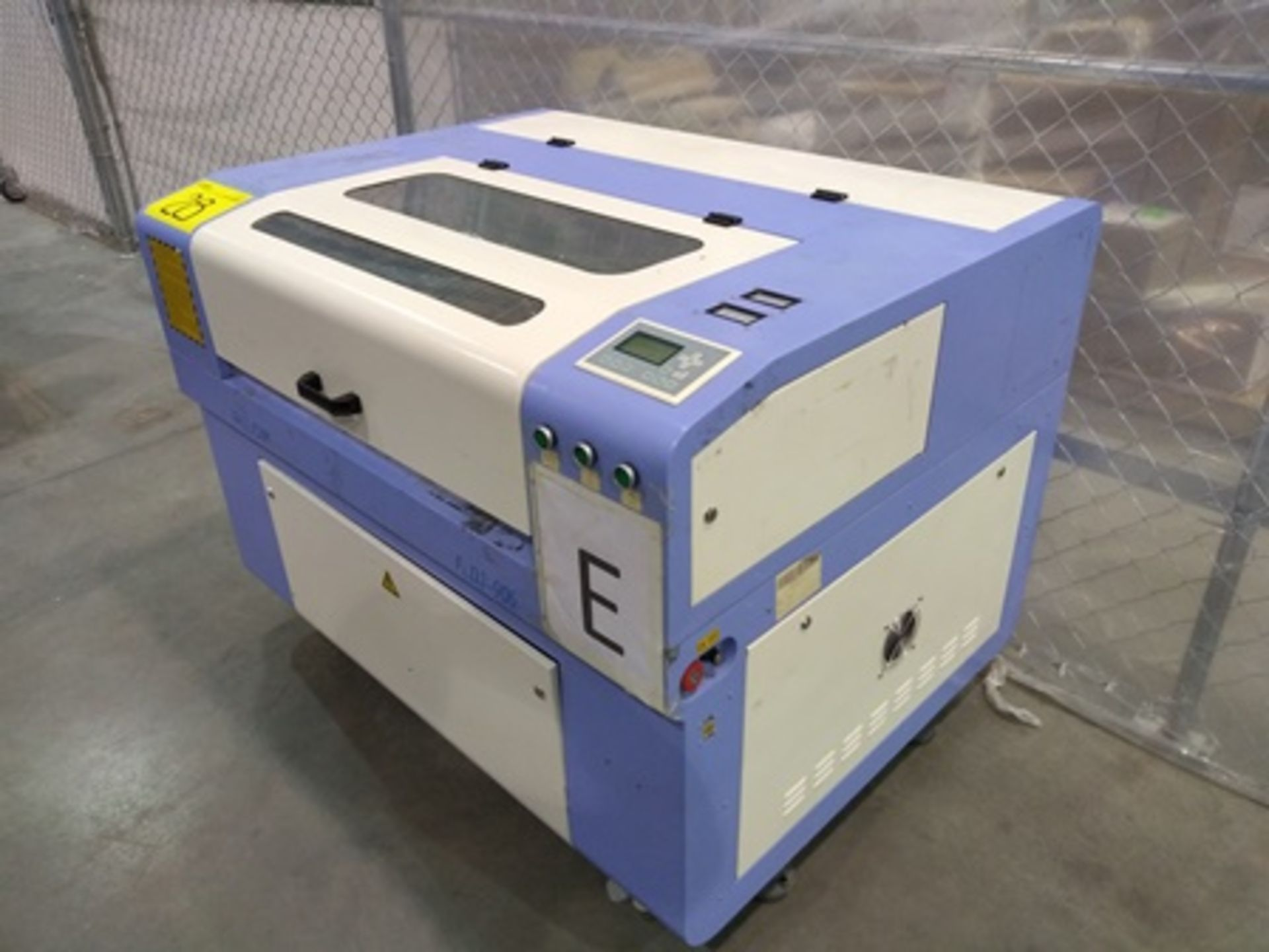 Lot 28 - 2016 Phillican CO2 laser engraver and cutting machine, model 6090. Laser power: 80x2w, 2Kw, series 2