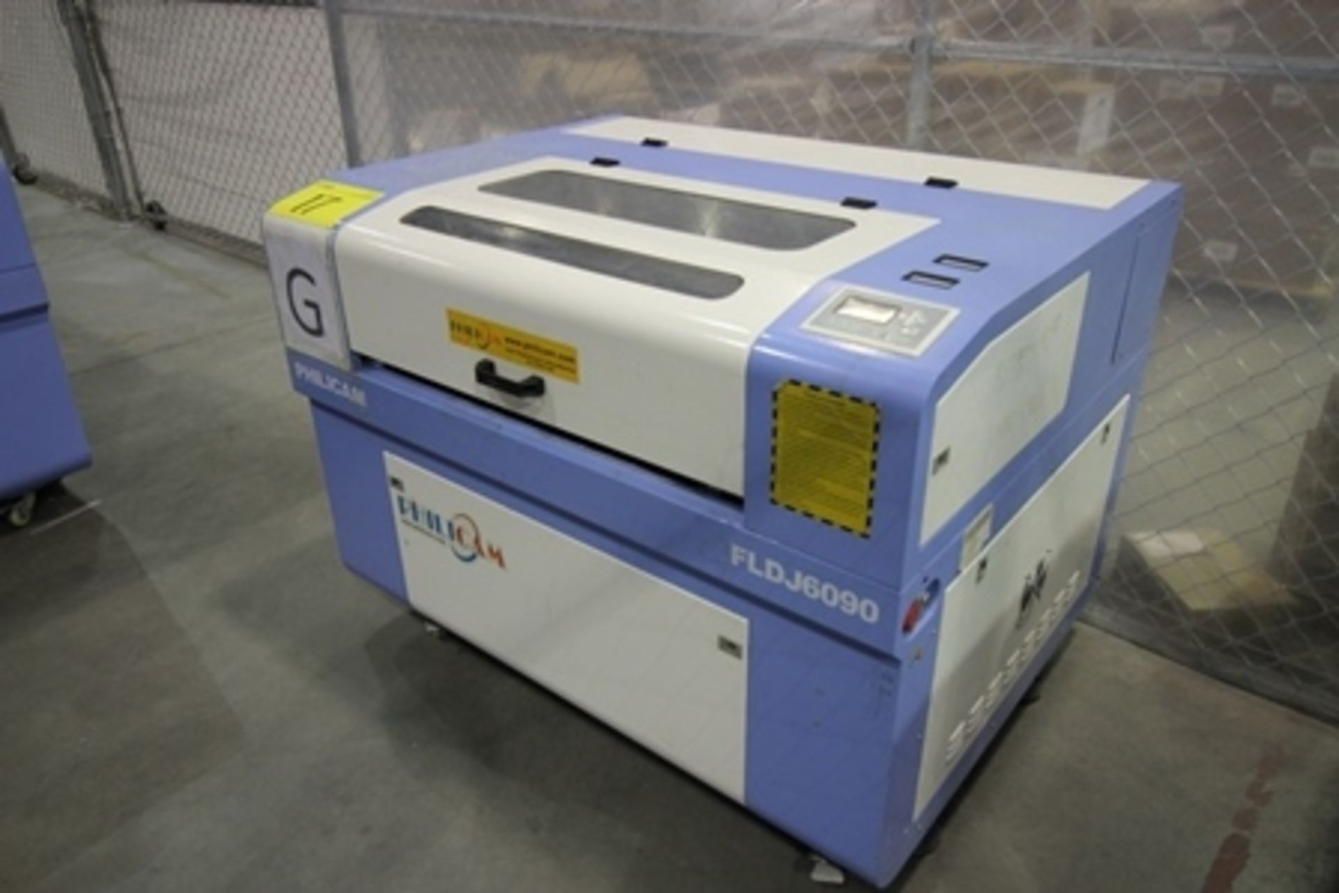 Lot 17 - 2016 Phillican CO2 laser engraver and cutting machine, model 6090. Laser power: 80x2w, 2.2Kw, series