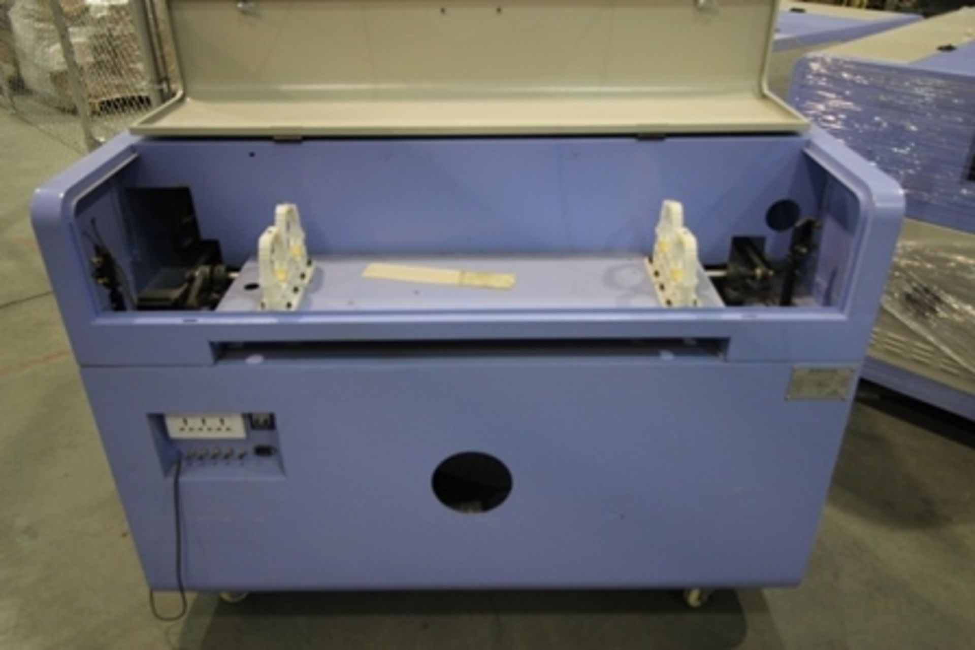 Lot 18 - 2017 Phillican CO2 laser engraver and cutting machine, model 6090. Laser power: 80x2w, 3.2Kw, series