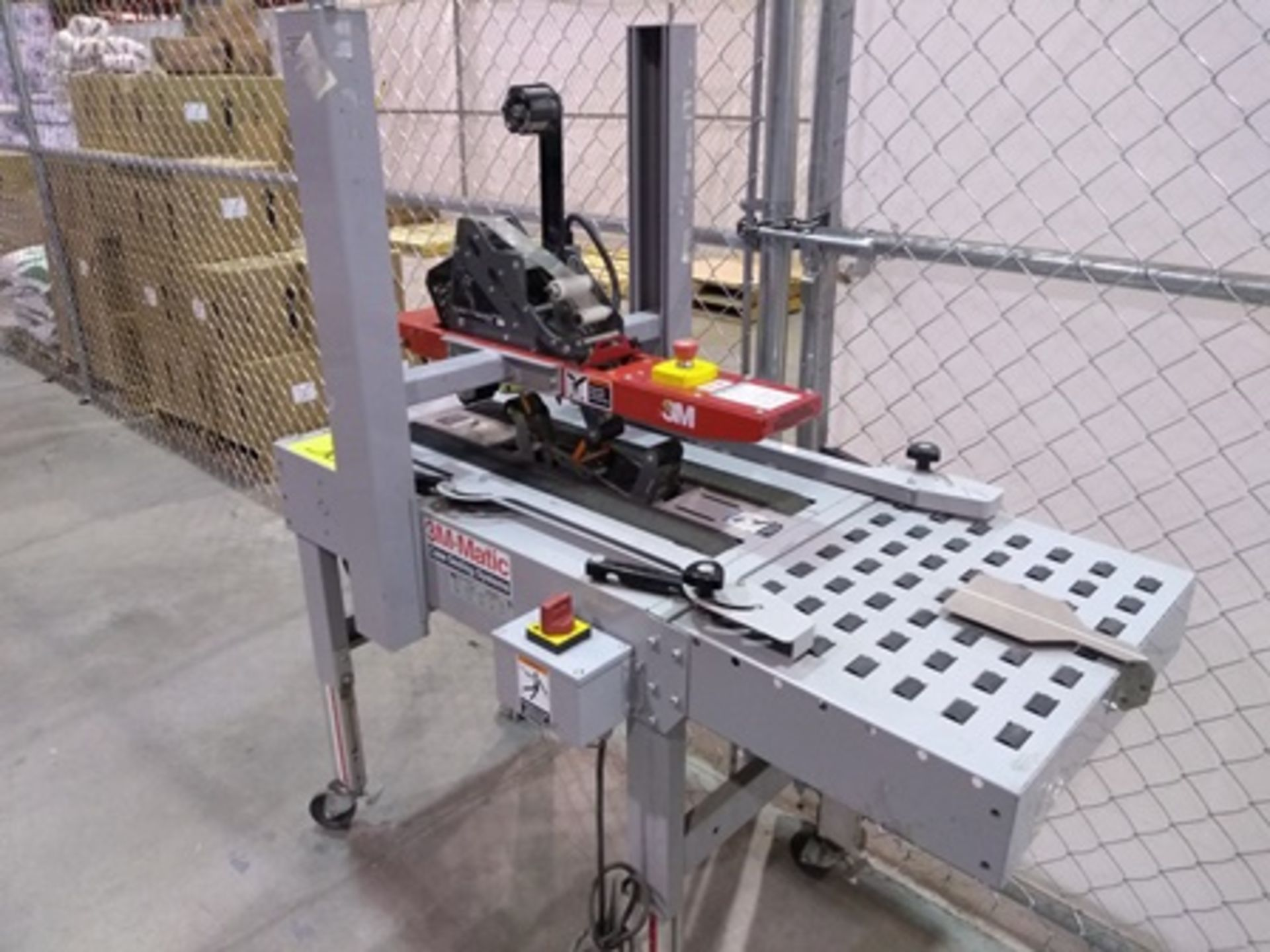 Lot 30 - 3M-Matic Case Sealing Systems, carton sealing machine mod. A20, serial number 51032, year 2014 …