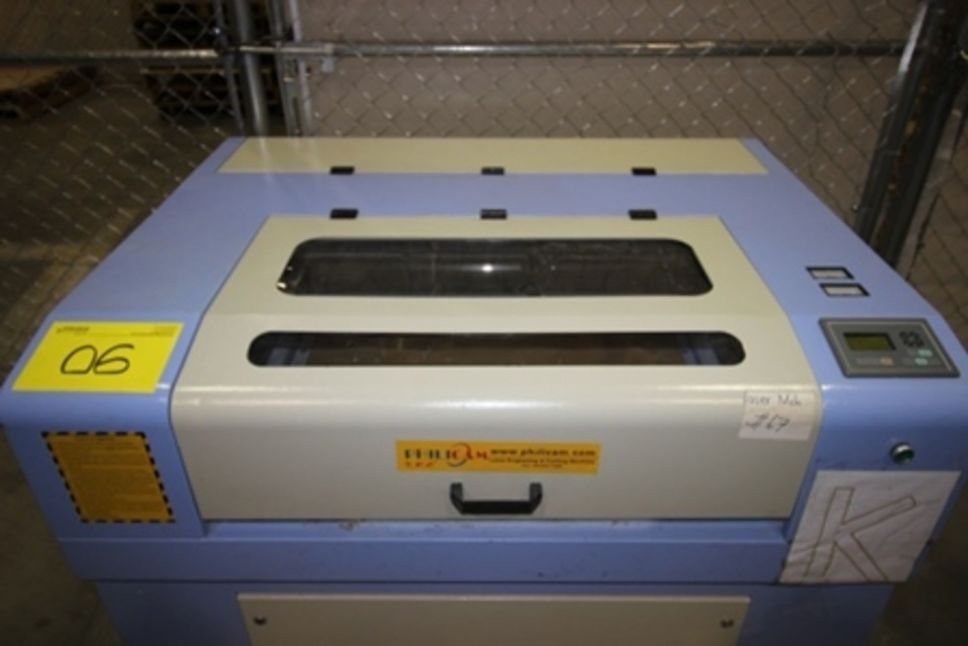 Lot 6 - 2017 Phillican CO2 laser engraver and cutting machine, model 6090.