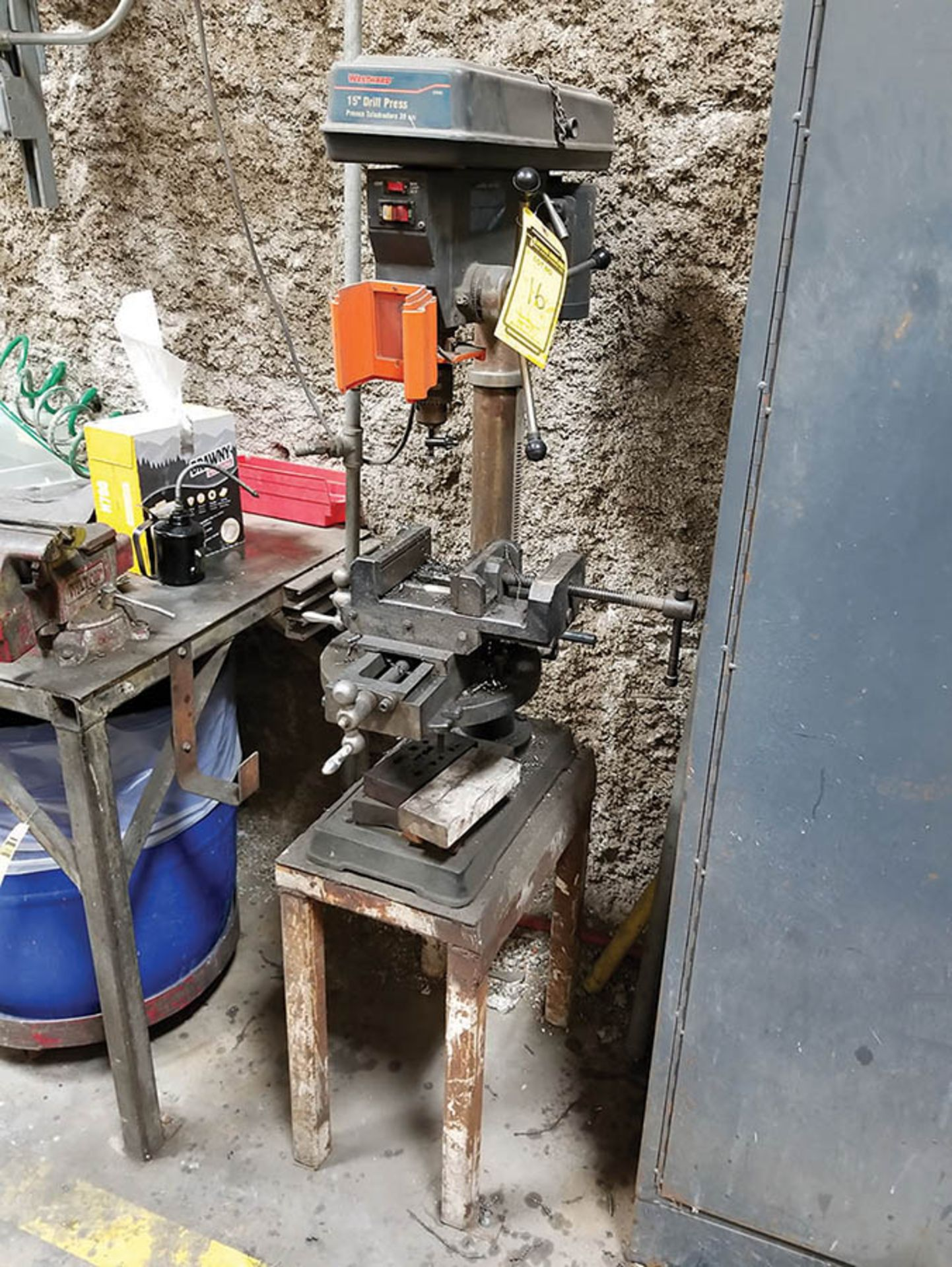 Lot 16 - WESTWARD 15'' VERTICAL DRILL PRESS, 1 1/2 HP, 250-3100 RPM, 12'' DIA. TABLE WITH (2) AXIS 6''