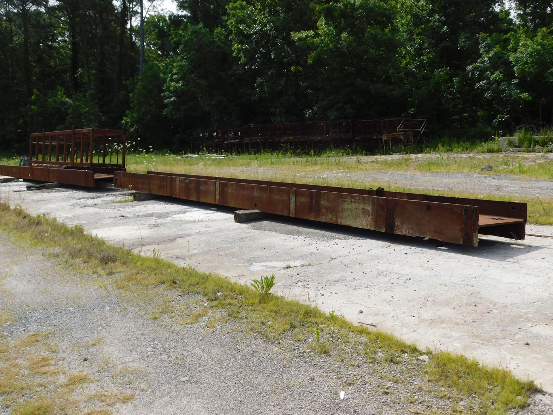Lot 2077 - LOT OF STEEL H-BEAMS