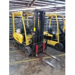 """2012 HYSTER 40 3,700-LB. ELECTRIC FORKLIFT, 189"""" LIFT HEIGHT, 3-STAGE 81-1/2"""" MAST, 42"""" FORKS"""