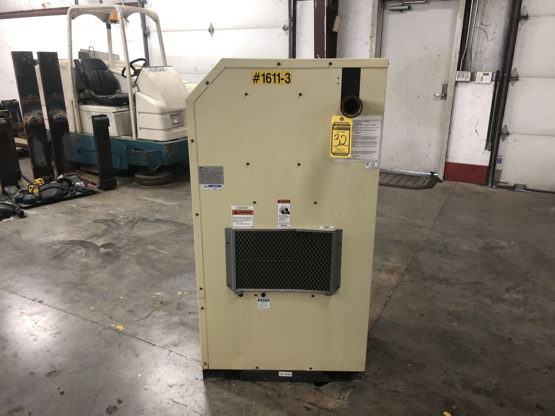 Lot 32 - 2010 Ingersoll Rand Air Dryer, Model: NVC300A400, Serial Number: 329160, 230 PSIG