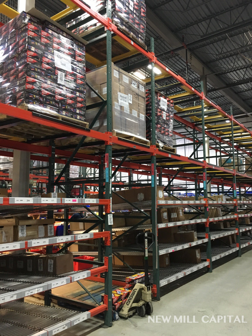 Lot 15 - Bolt Up Pallet Rack, (2) Sections, First Section - (17) Uprights (Columns   Rig: See Lot Description