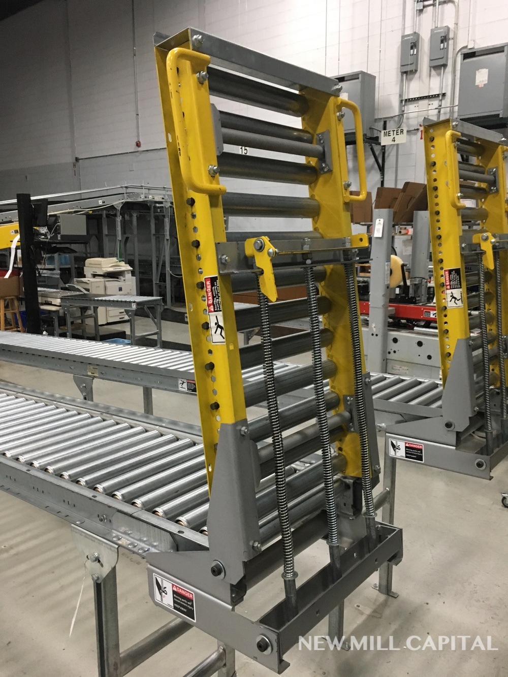 Lot 60 - Spring Assisted Roller Conveyor & Gate, Approx 20ft OA Length, 15in Wide Rol | Rig Fee: $150