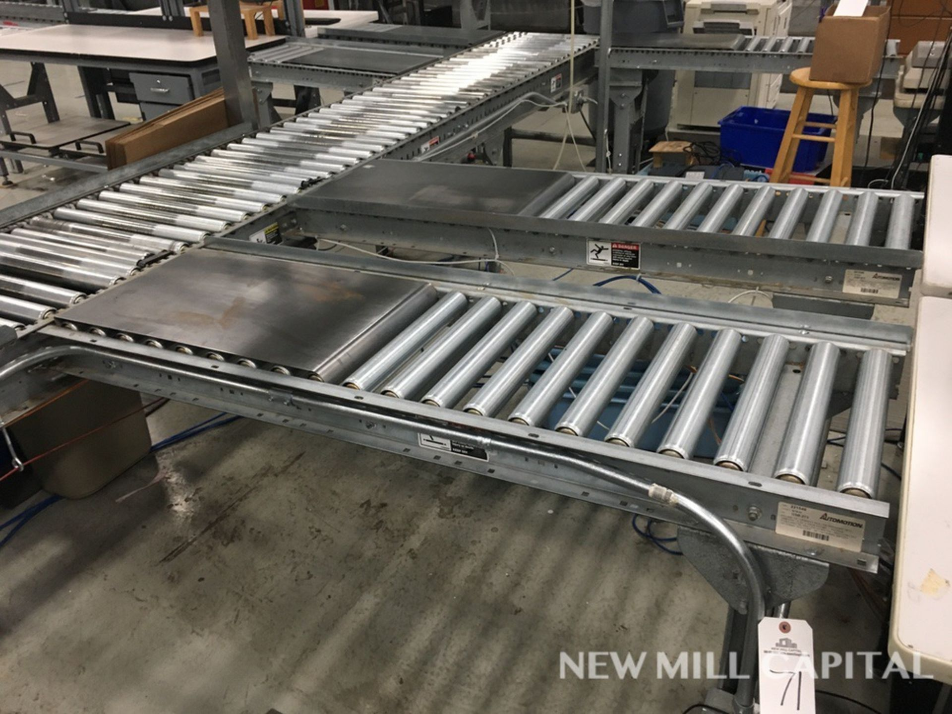 Lot 71 - (2) Roller Conveyors, Manual, Approx 5ft OA Length, 15in Rollers, 18in OA Width | Rig Fee: $150