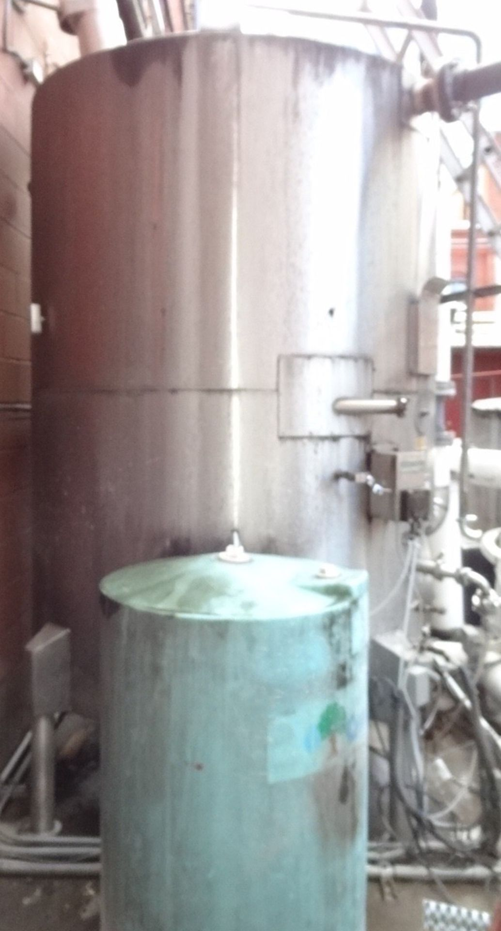 Lot 41 - JV Northwest 1450 Gallon Jacketed Vertical Tank with Top Manway | Rig Fee: $850