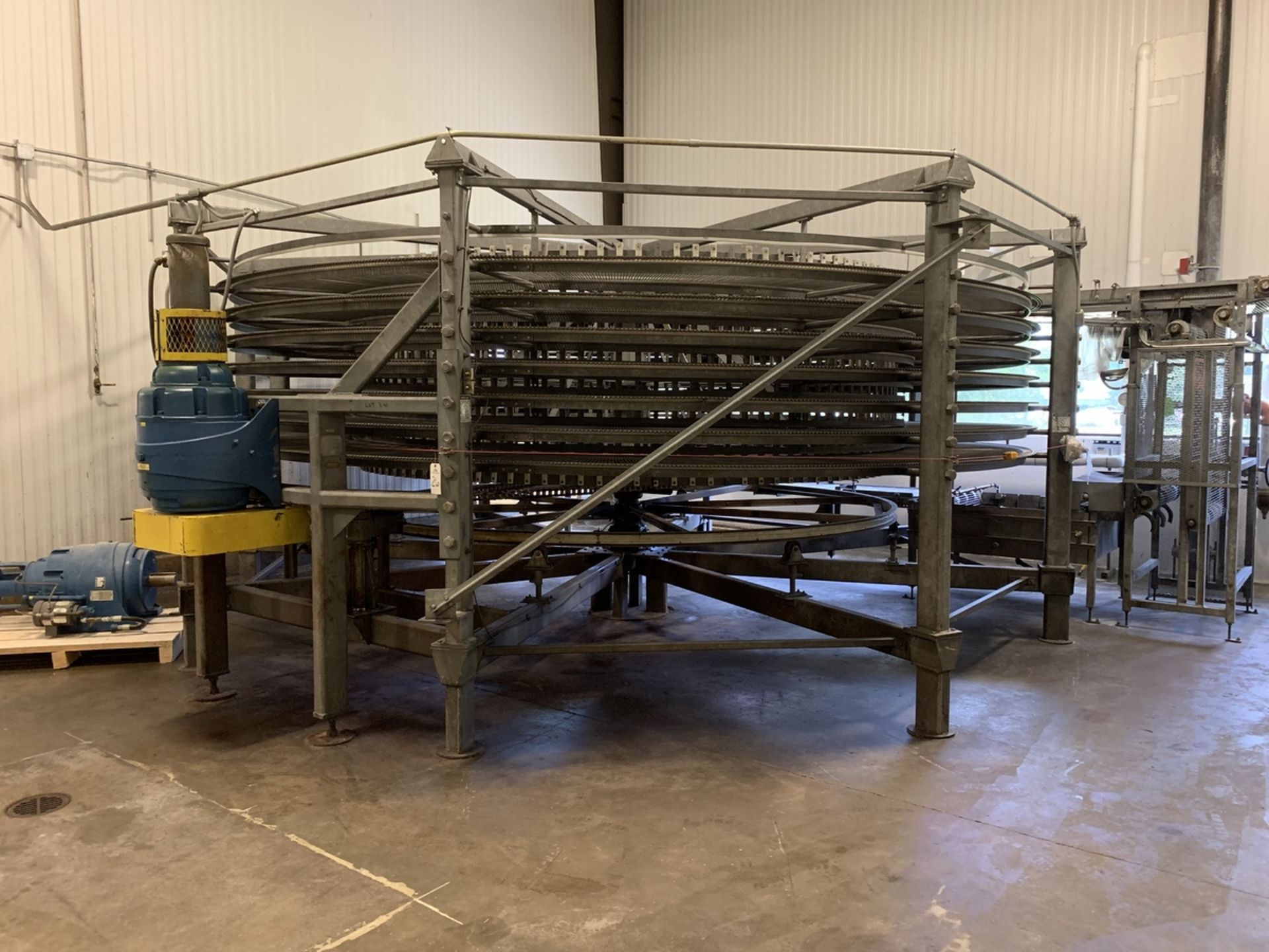"Lot 26 - Ambient Spiral Cooler, 34"" Belt Width, 3-5/8in Tier Clearance, 7-Tier, 18' OD, 9' O 